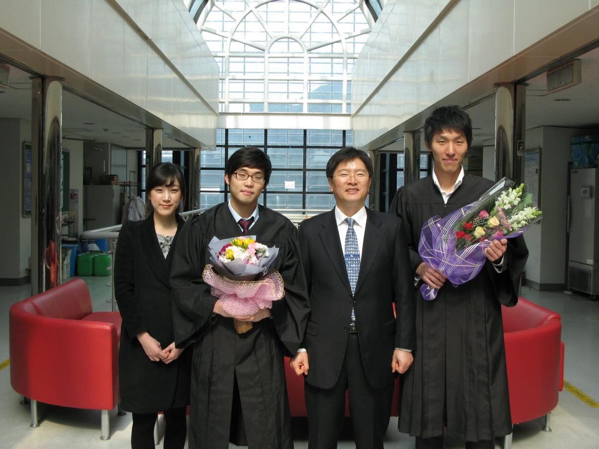 2011 2 graduation 2.jpg