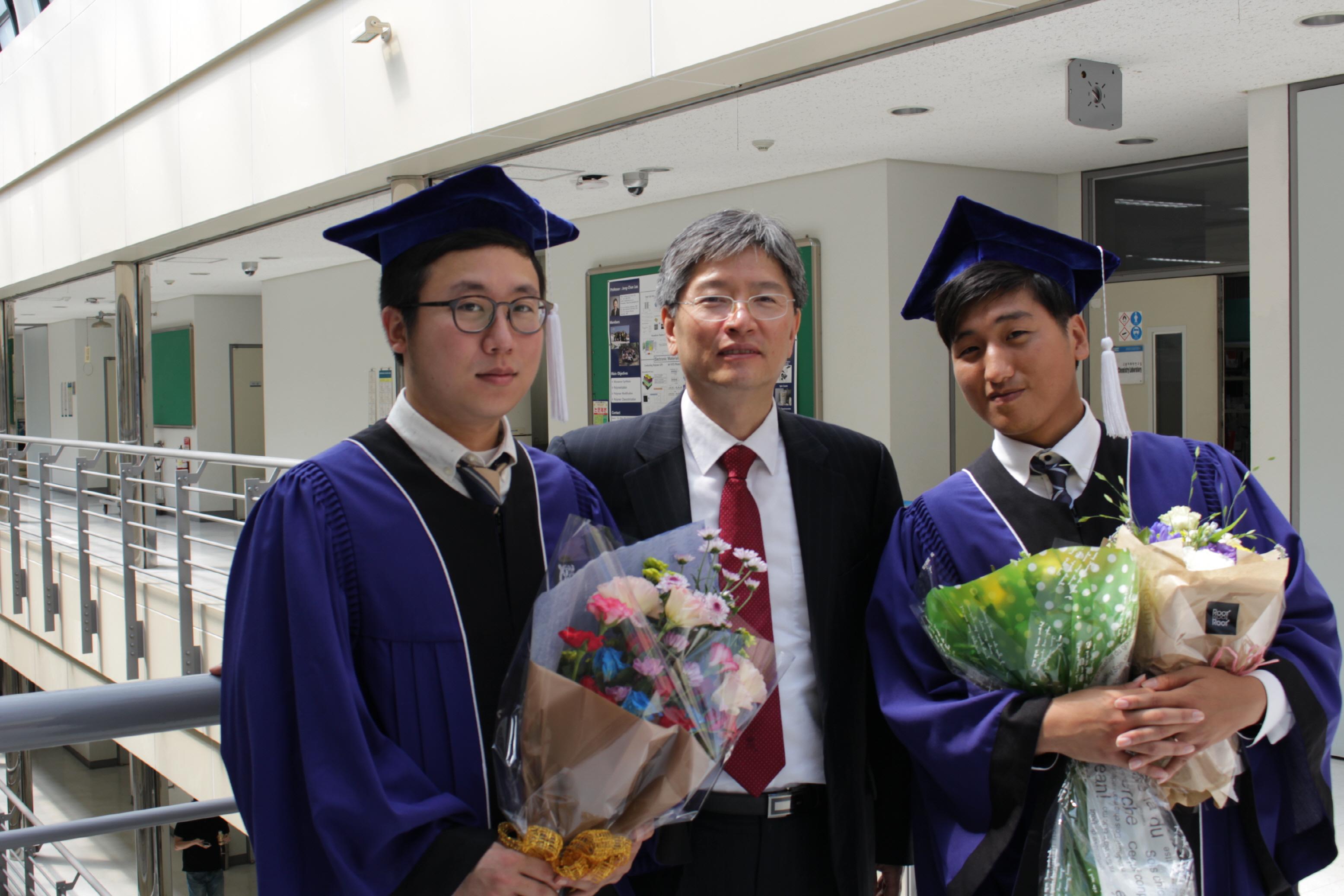 2014 8 graduation 1.JPG